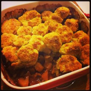 Apple and cinnamon cobbler